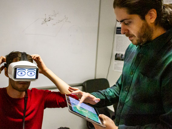 UArizona senior Victor Gomes and assistant professor Ren Bozgeyikli developed the Googly Eyes app, which depicts virtual reality users' eye movements through a set of cartoon eyeballs.